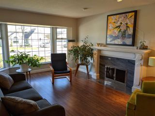 """Photo 4: 21314 86A Crescent in Langley: Walnut Grove House for sale in """"Forest Hills"""" : MLS®# R2543624"""