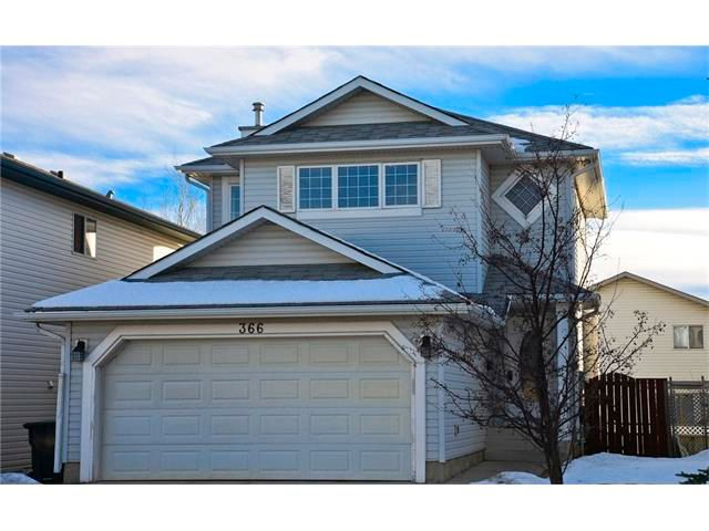 Main Photo: 366 DOUGLAS RIDGE Circle SE in Calgary: Douglasdale/Glen House for sale : MLS®# C4047067