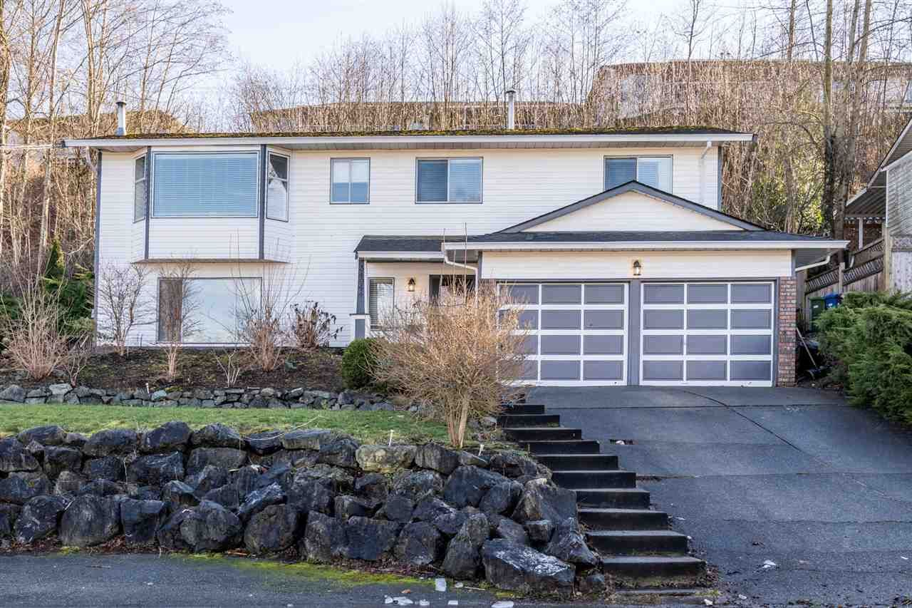 Main Photo: 34944 HIGH Drive in Abbotsford: Abbotsford East House for sale : MLS®# R2540769
