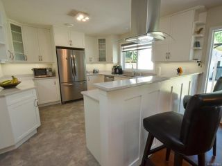 Photo 12: 585 Wain Rd in PARKSVILLE: PQ Parksville House for sale (Parksville/Qualicum)  : MLS®# 791540