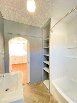 Photo 17: 319 Railway Avenue in Outlook: Residential for sale : MLS®# SK872424