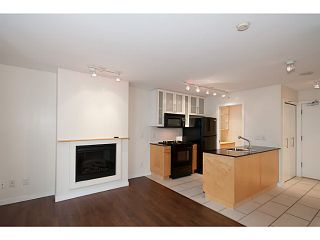 "Photo 7: 907 1225 RICHARDS Street in Vancouver: Downtown VW Condo for sale in ""Eden"" (Vancouver West)  : MLS®# V1086819"