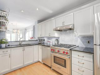 Photo 4: 329 W 15TH AVENUE in Vancouver: Mount Pleasant VW Townhouse for sale (Vancouver West)  : MLS®# R2102962