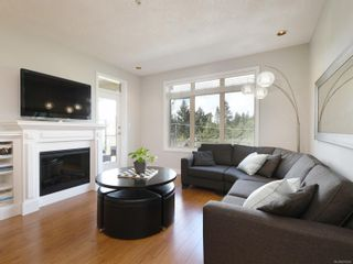 Photo 2: 305 623 Treanor Ave in : La Thetis Heights Condo for sale (Langford)  : MLS®# 874503