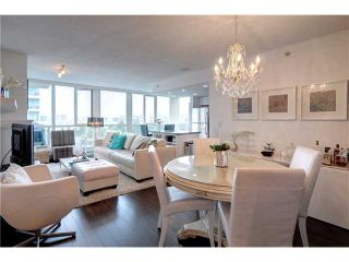 """Photo 4: 901 120 MILROSS Avenue in Vancouver: Mount Pleasant VE Condo for sale in """"THE BRIGHTON"""" (Vancouver East)  : MLS®# V976401"""