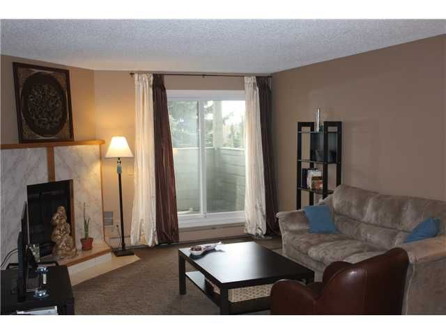 Photo 8: Photos: 3207 80 GLAMIS Drive SW in CALGARY: Glamorgan Condo for sale (Calgary)  : MLS®# C3568501