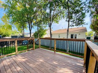 Photo 4: 243 Marygrove Crescent in Winnipeg: House for sale : MLS®# 202122583