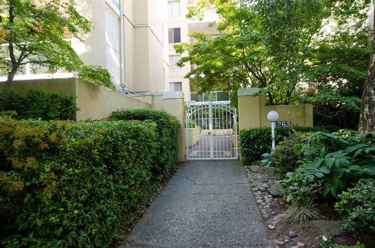 """Main Photo: 402 1263 BARCLAY Street in Vancouver: West End VW Condo for sale in """"Westpoint Terrace"""" (Vancouver West)  : MLS®# R2445874"""