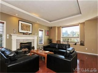 Photo 3: 1290 Les Meadows in VICTORIA: SE Sunnymead Residential for sale (Saanich East)  : MLS®# 324296
