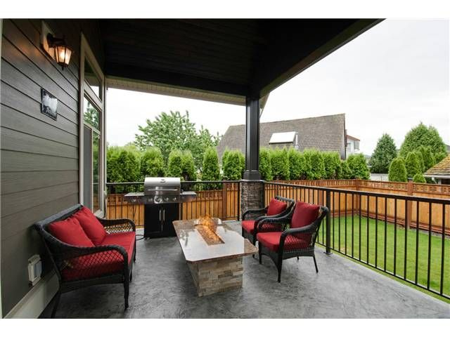 """Photo 18: Photos: 16418 11A Avenue in Surrey: King George Corridor House for sale in """"SOUTH MERIDIAN"""" (South Surrey White Rock)  : MLS®# F1312096"""