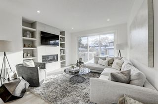 Photo 14: 705 23 Avenue NW in Calgary: Mount Pleasant Detached for sale : MLS®# A1056304