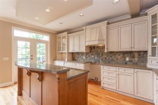 """Photo 4: 3874 COACHSTONE Way in Abbotsford: Abbotsford East House for sale in """"Creekstone on the Park"""" : MLS®# R2373210"""