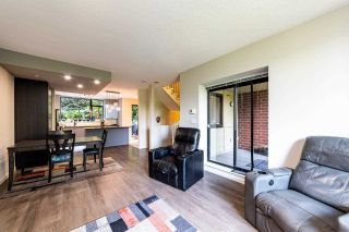 """Photo 16: 1 11 E ROYAL Avenue in New Westminster: Fraserview NW Townhouse for sale in """"Victoria Hill"""" : MLS®# R2496427"""