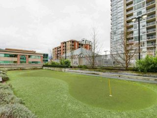 Photo 2: 2901 2968 GLEN DRIVE in Coquitlam: North Coquitlam Condo for sale : MLS®# R2434338