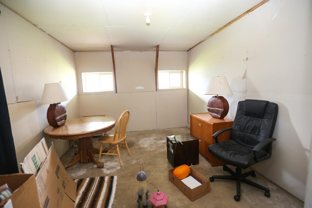 Photo 11: Photos: 8245 Edwards Road in Heffley Creek: HE House for sale (KA)  : MLS®# 157157