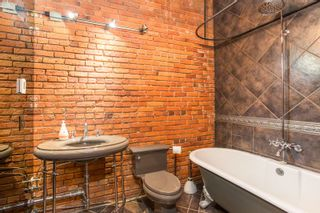 """Photo 10: 404 1066 HAMILTON Street in Vancouver: Yaletown Condo for sale in """"The New Yorker"""" (Vancouver West)  : MLS®# R2437026"""