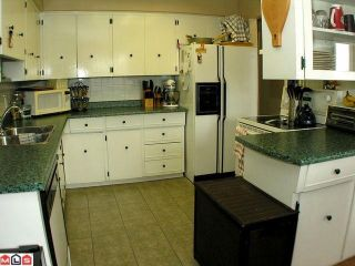 """Photo 3: 201 2211 CLEARBROOK Road in Abbotsford: Abbotsford West Condo for sale in """"GLENWOOD MANOR"""" : MLS®# F1011453"""