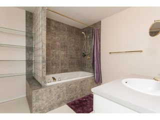 """Photo 30: 30 31450 SPUR Avenue in Abbotsford: Abbotsford West Townhouse for sale in """"Lakepointe Villas"""" : MLS®# R2475174"""