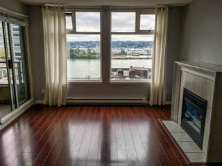 "Photo 2: 907 720 CARNARVON Street in New Westminster: Downtown NW Condo for sale in ""CARNARVON TOWERS"" : MLS®# R2105575"