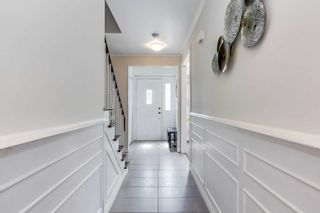 Photo 3: 3297 Grechen Road in Mississauga: Erindale House (2-Storey) for sale : MLS®# W4807876