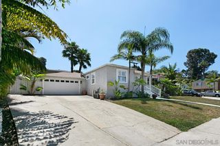 Photo 4: POINT LOMA House for sale : 3 bedrooms : 1905 Catalina Blvd in San Diego