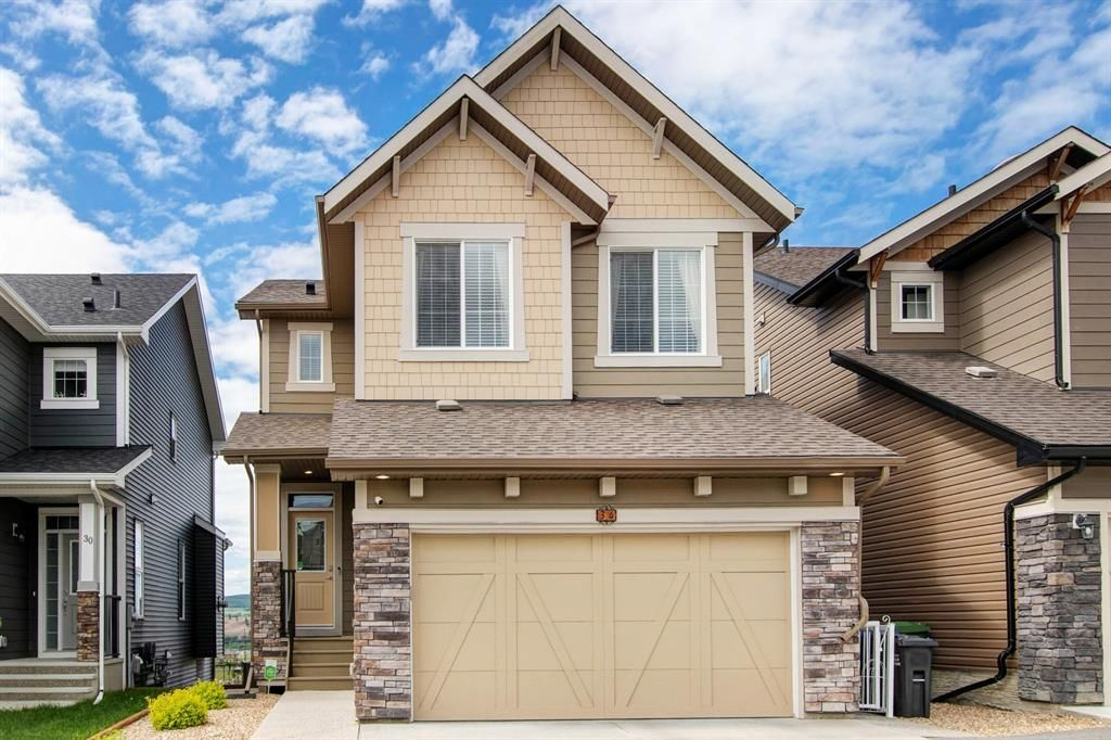 Main Photo: 34 Heritage View: Cochrane Detached for sale : MLS®# A1124388