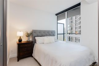 """Photo 10: 1030 68 SMITHE Street in Vancouver: Downtown VW Condo for sale in """"One Pacific"""" (Vancouver West)  : MLS®# R2616038"""