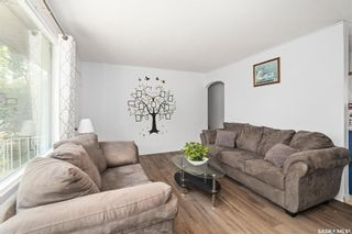 Photo 6: 1301 N Avenue South in Saskatoon: Holiday Park Residential for sale : MLS®# SK870515