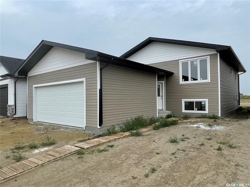 Main Photo: 502 Froese Street in Warman: Residential for sale : MLS®# SK865673