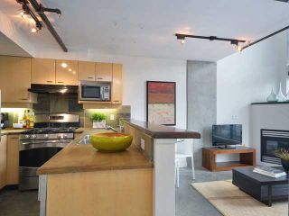 Photo 3: 517 428 W 8TH Avenue in Vancouver: Mount Pleasant VW Condo for sale (Vancouver West)  : MLS®# V990915