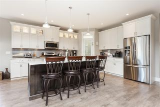 Photo 9: 4927 215 Street in Langley: Murrayville House for sale : MLS®# R2443426
