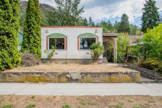 Photo 2: 1159 SECOND AVENUE in Trail: House for sale : MLS®# 2460809