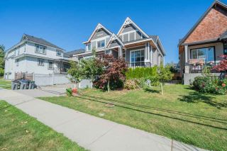 Photo 32: 6078 181A Street in Surrey: Cloverdale BC House for sale (Cloverdale)  : MLS®# R2492359