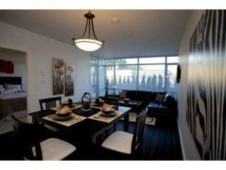 """Photo 5: 303 2789 SHAUGHNESSY Street in Port Coquitlam: Central Pt Coquitlam Condo for sale in """"THE SHAUGHNESSY"""" : MLS®# R2367927"""