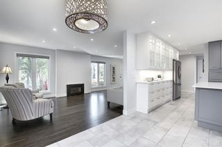 Photo 11: 736 WILLACY Drive SE in Calgary: Willow Park Detached for sale : MLS®# A1057135