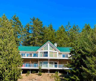 Photo 1: 149 WINTER COVE Road: Saturna Island House for sale (Islands-Van. & Gulf)  : MLS®# R2605068