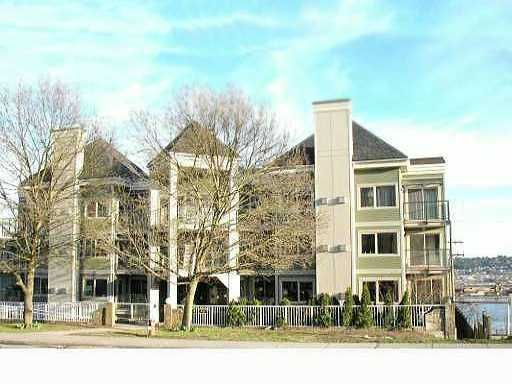 Main Photo: 308 210 carnarvon Street in New Westminster: Downtown NW Condo for sale : MLS®# v865515