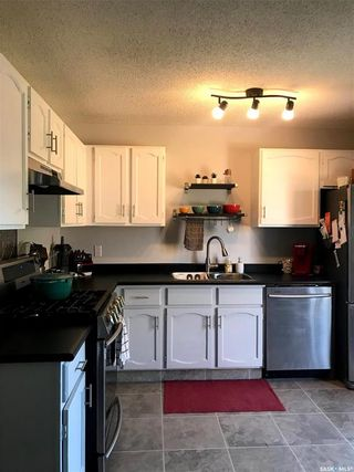 Photo 8: 452 Lenore Drive in Saskatoon: Silverwood Heights Residential for sale : MLS®# SK845856