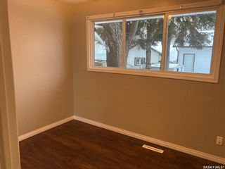 Photo 5: 325 W Avenue North in Saskatoon: Mount Royal SA Residential for sale : MLS®# SK838129