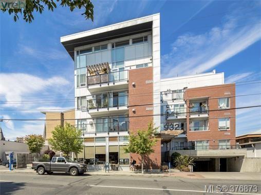 Main Photo: 304 932 Johnson St in VICTORIA: Vi Downtown Condo for sale (Victoria)  : MLS®# 756590