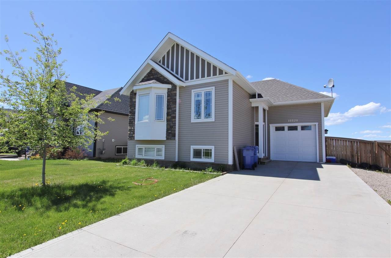 Main Photo: 10520 109 STREET in : Fort St. John - City NW House for sale : MLS®# R2177358