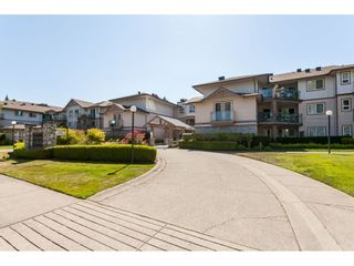"""Photo 22: 319 22150 48 Avenue in Langley: Murrayville Condo for sale in """"Eaglecrest"""" : MLS®# R2494337"""