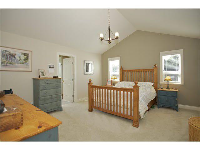 Photo 11: Photos: 14012 COLDICUTT Avenue: White Rock House for sale (South Surrey White Rock)  : MLS®# F1451146