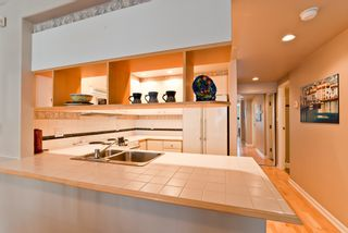 """Photo 15: 311 1978 VINE Street in Vancouver: Kitsilano Condo for sale in """"THE CAPERS BUILDING"""" (Vancouver West)  : MLS®# V954905"""