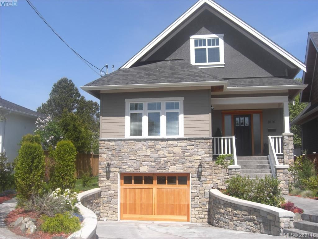 Main Photo: 1676 Chandler Ave in VICTORIA: Vi Fairfield East House for sale (Victoria)  : MLS®# 501950