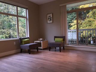 """Photo 3: 211 2083 W 33RD Avenue in Vancouver: Quilchena Condo for sale in """"DEVONSHIRE HOUSE"""" (Vancouver West)  : MLS®# R2115581"""