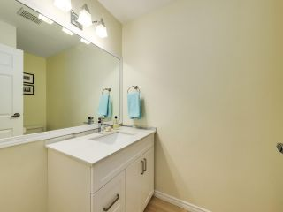 """Photo 10: 5872 MAYVIEW Circle in Burnaby: Burnaby Lake Townhouse for sale in """"ONE ARBOURLANE"""" (Burnaby South)  : MLS®# R2542010"""
