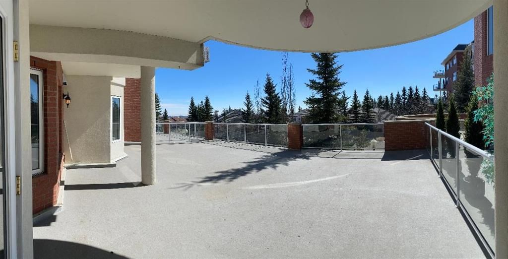 Main Photo: 107 200 Patina Court SW in Calgary: Patterson Apartment for sale : MLS®# A1093695