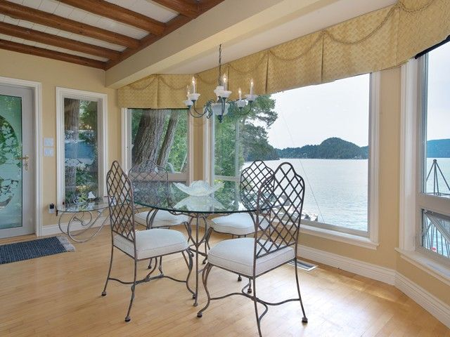 "Photo 14: Photos: 8015 PASCO Road in West Vancouver: Howe Sound House for sale in ""PASCO ESTATES"" : MLS®# V1099779"