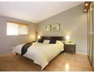 Photo 7: 772 HANDSWORTH Road in North Vancouver: Canyon Heights NV House for sale : MLS®# V698283
